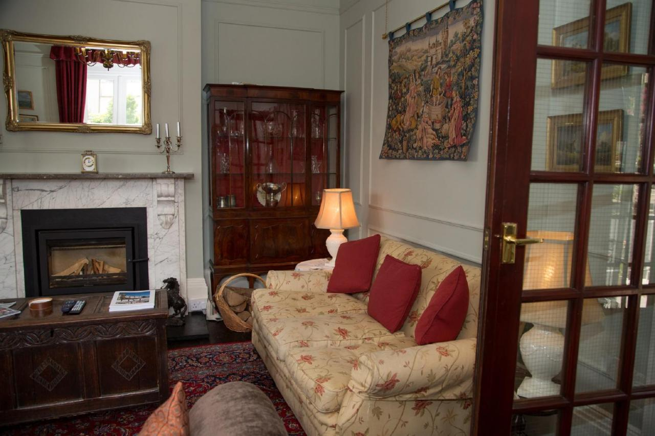 Somerville House - Laterooms