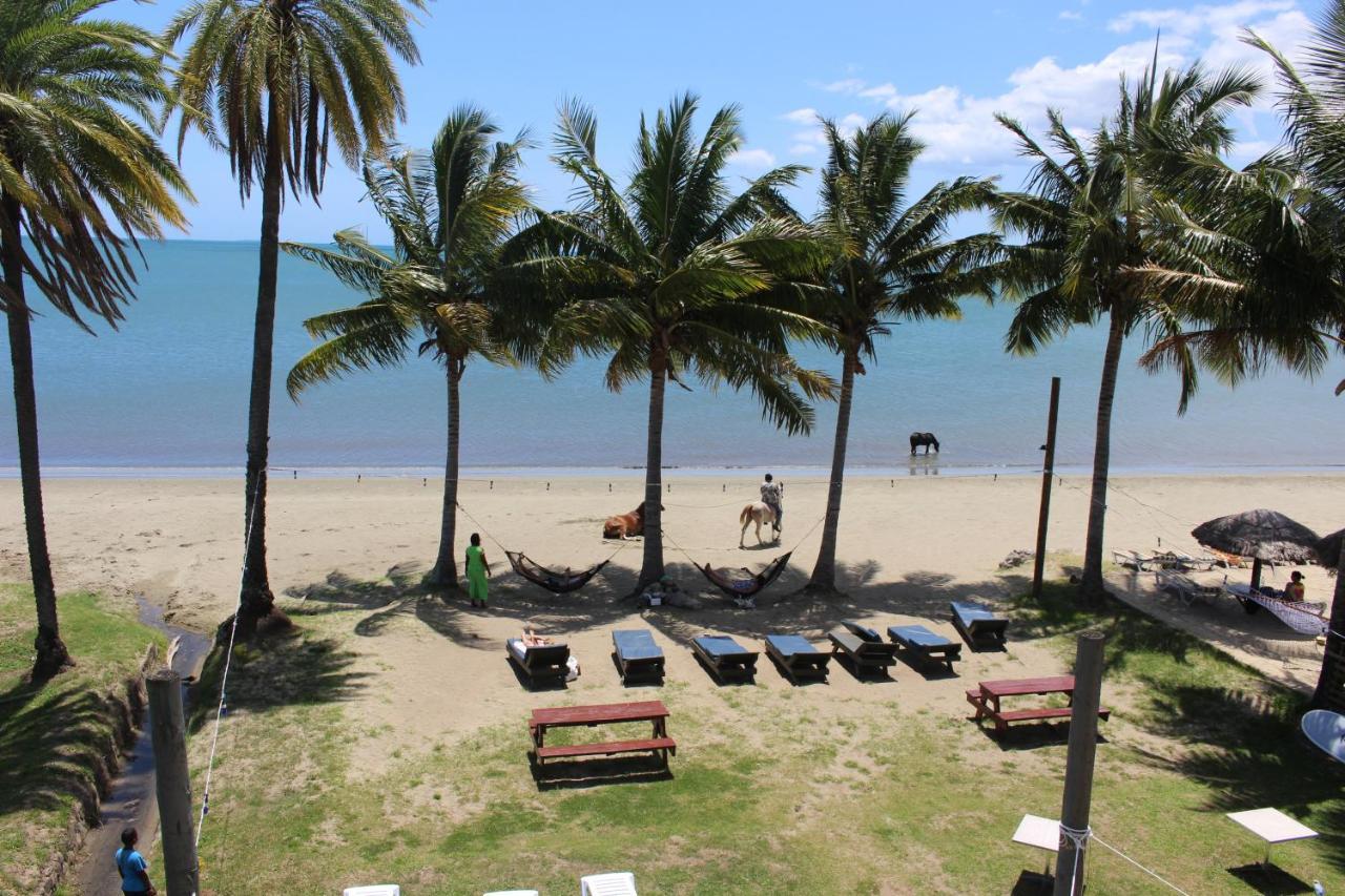 Tropic of Capricorn Beach - Laterooms