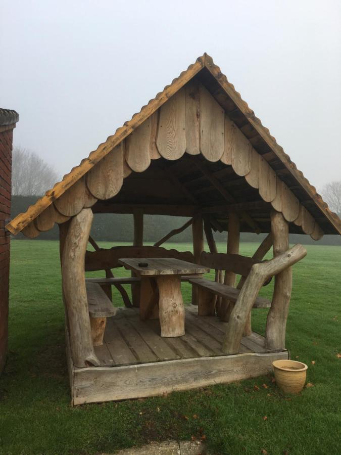 Church Farm Guest House - Laterooms