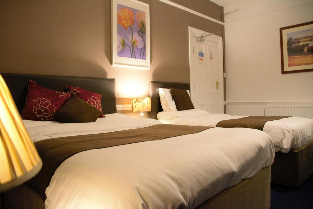 Crown Lodge Guest House - Laterooms