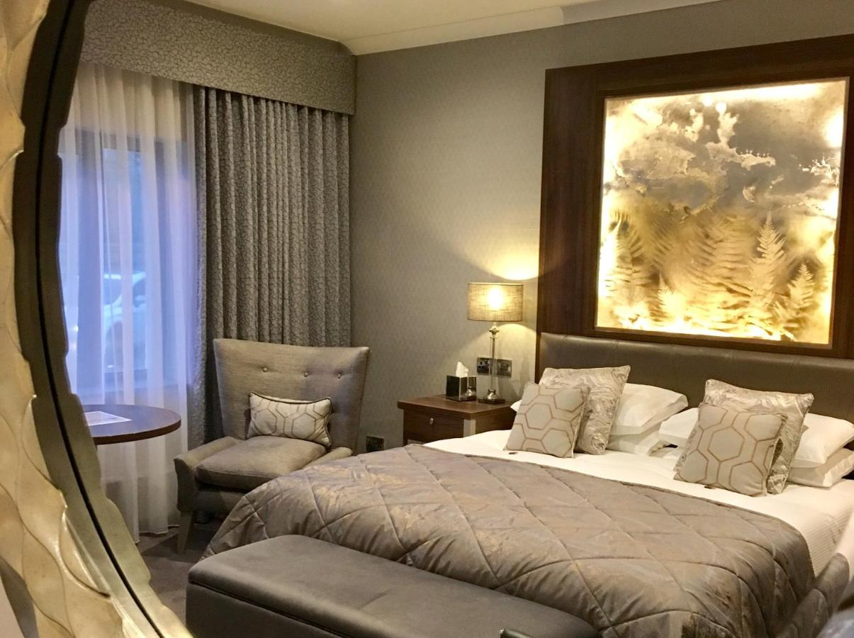 The Lodge Hotel - Laterooms