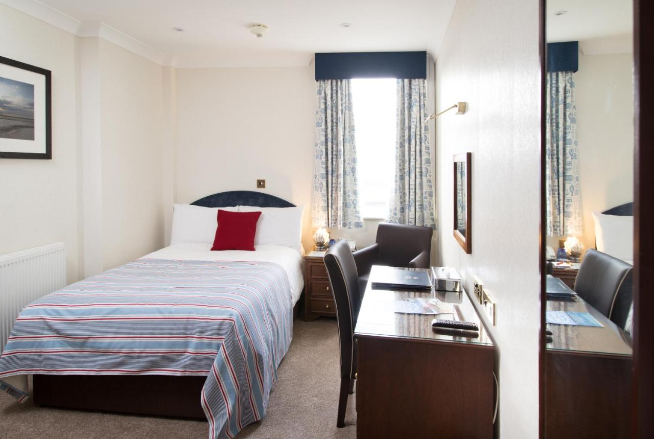 Imperial Hotel - Laterooms