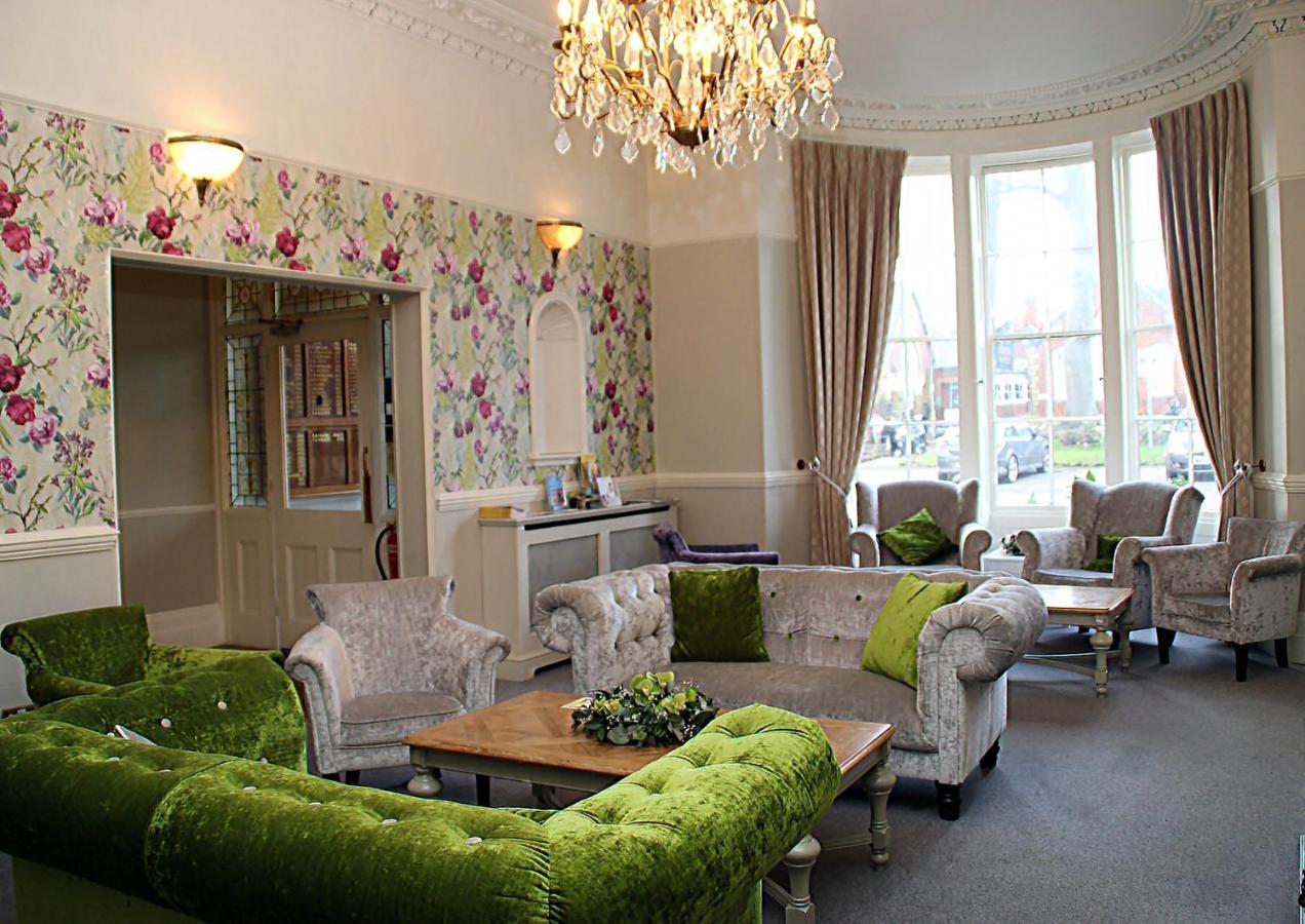 Alton House Hotel - Laterooms