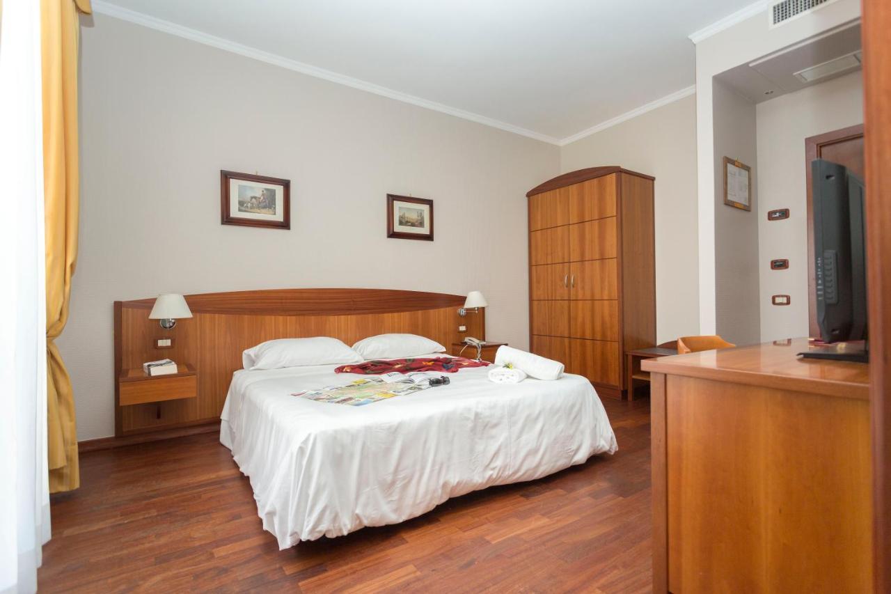 Hotel Cavaliere - Laterooms