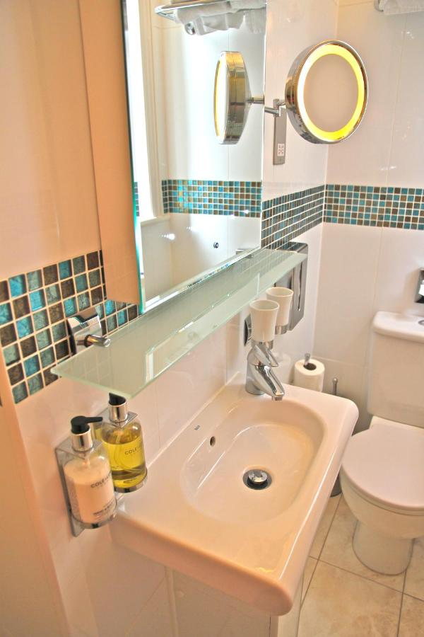 Crompton Guest House - Laterooms