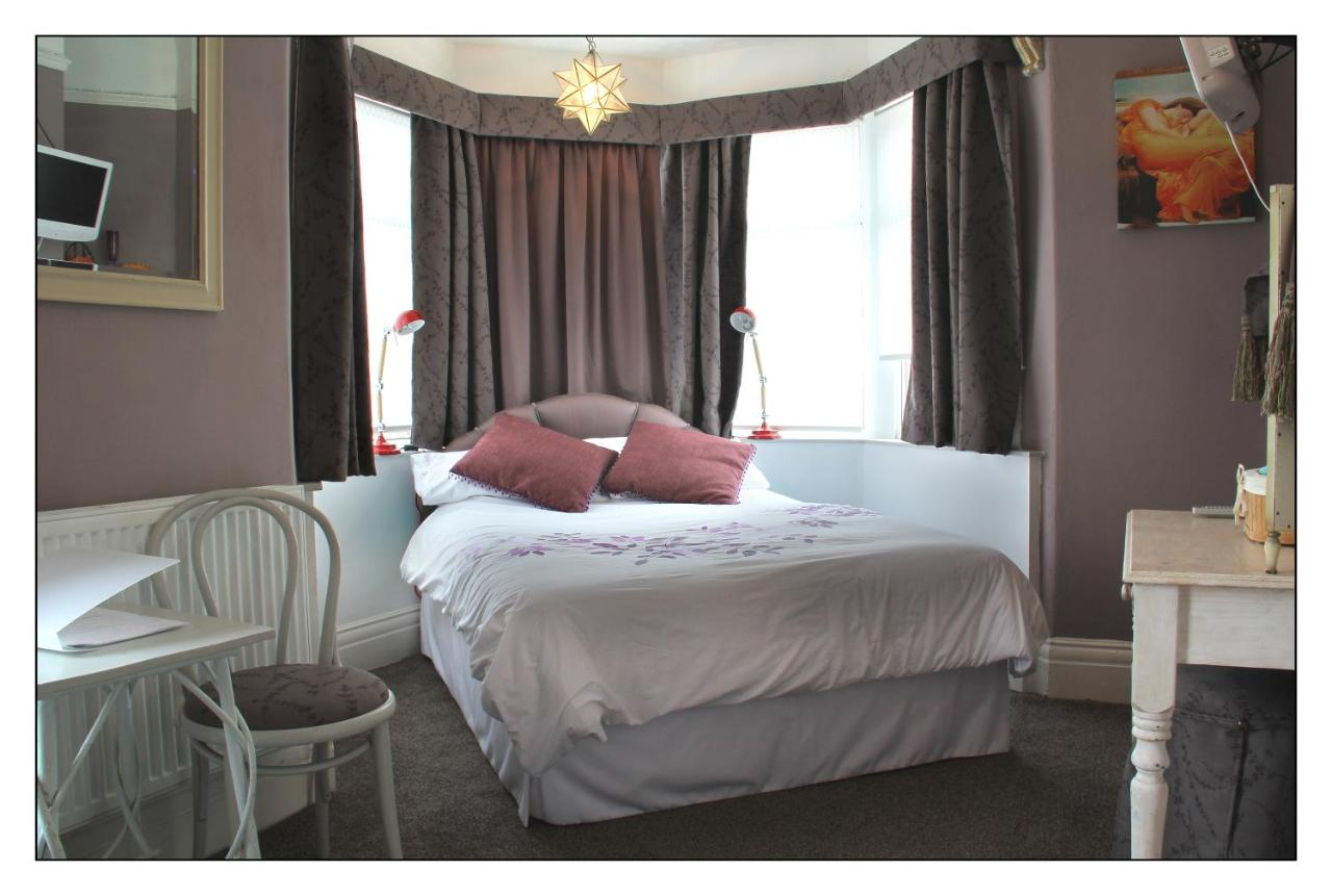 Dunsandles Guest House - Laterooms