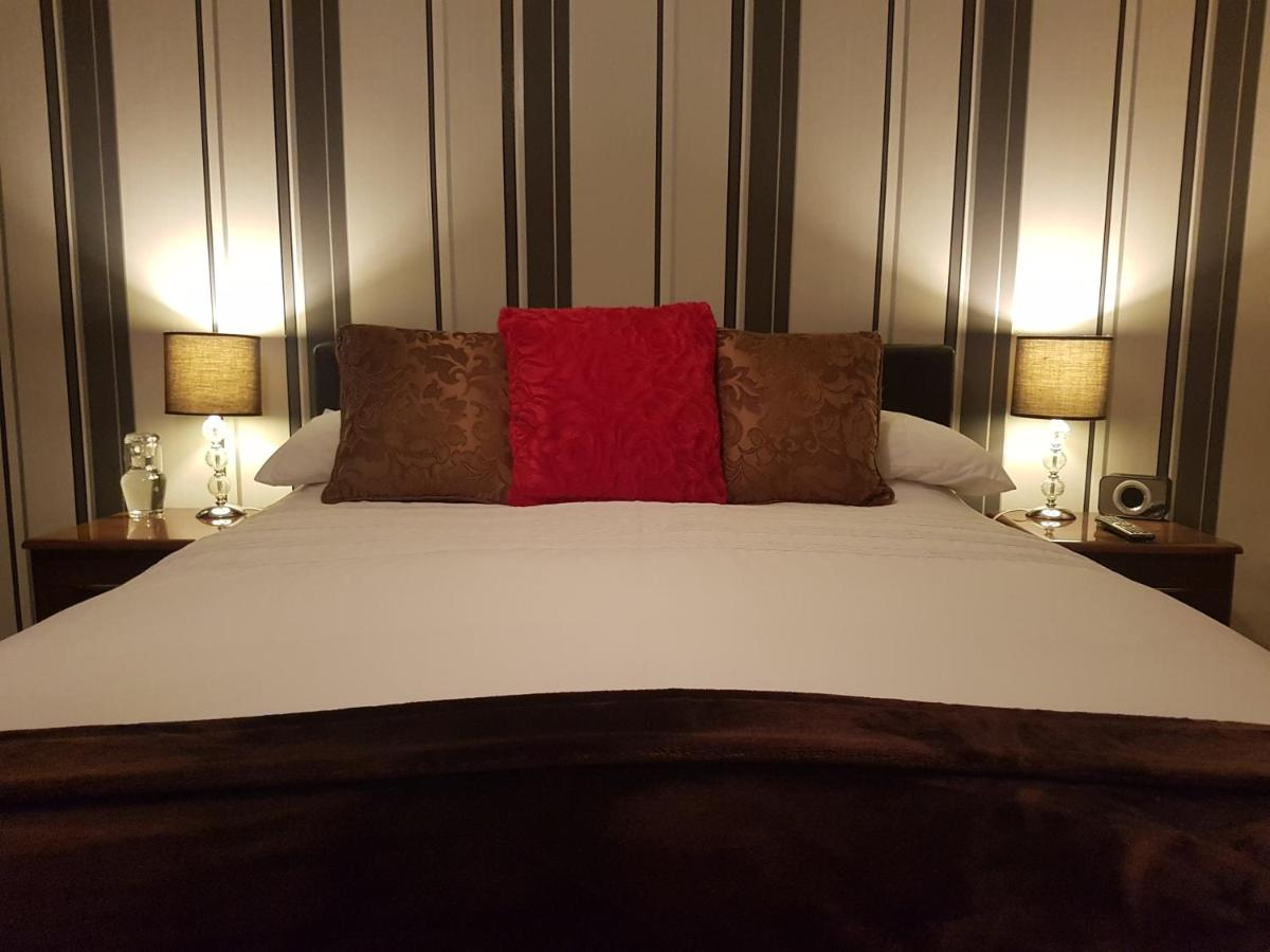 Senlac Guesthouse - Laterooms