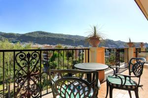 A balcony or terrace at Grand Hotel Royal