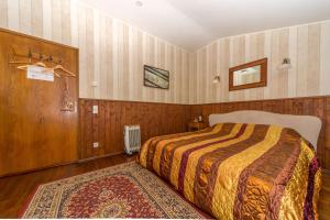 Ein Bett oder Betten in einem Zimmer der Unterkunft Viimsi manor guesthouse Birgitta