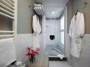 A bathroom at Hotel Villa Maria Regina