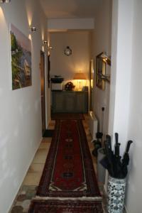 The lobby or reception area at Das Hanse Quartier