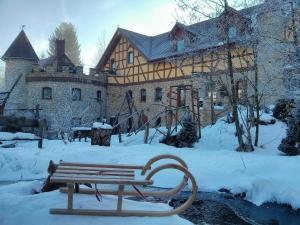 Obiekt Zbójna Debra zimą