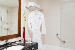 Ванная комната в Original Sokos Hotel Olympia Garden