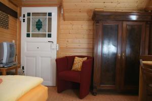 Ein Sitzbereich in der Unterkunft Antik Apartments Spreewald/Vetschau