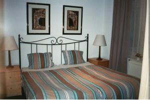 Een bed of bedden in een kamer bij Eurohotel