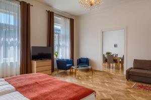 Ein Sitzbereich in der Unterkunft Apartments 39 Wenceslas Square