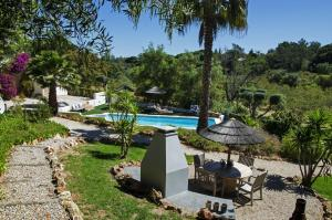 A view of the pool at Casa Sereno or nearby