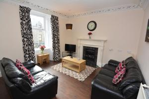 A seating area at St Magnus Self Catering Lerwick