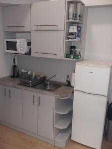 Kuchnia lub aneks kuchenny w obiekcie Hostel Sopot Centrum