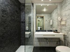 A bathroom at Best Western CTC Hotel Verona