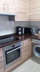 A kitchen or kitchenette at Apartamento Loiu