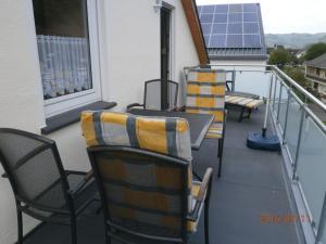 Een balkon of terras bij Fewo Moselblick