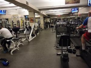 Posilňovňa alebo fitness centrum v ubytovaní The Watson Hotel