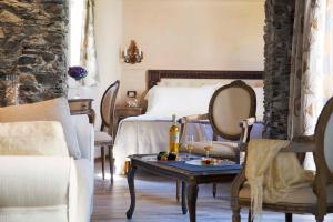 A seating area at Boutique Hotel Elvezia