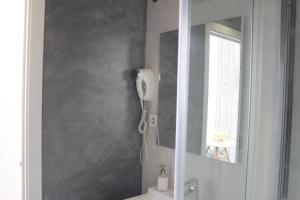 Een badkamer bij Life Apartments Calderón