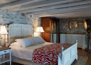Ein Bett oder Betten in einem Zimmer der Unterkunft Hotel Ploes