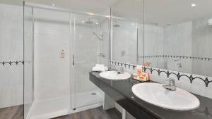Ett badrum på Sol Principe