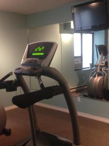 The fitness center and/or fitness facilities at Capital Hill Hotel & Suites