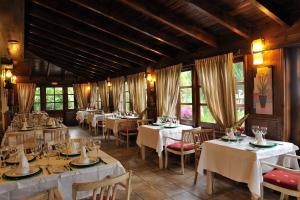 Een restaurant of ander eetgelegenheid bij El Nogal Hotel Boutique & Spa