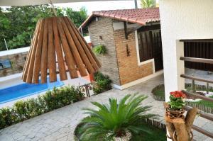 Uma vista da piscina em Oxente Travel Apart Hotel ou nos arredores