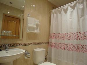 Un baño de Hotel Mirador