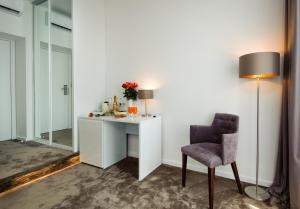 A seating area at Dream Luxury Rooms