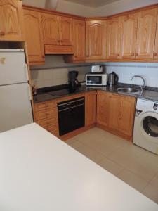 A kitchen or kitchenette at Apartamento Blue Turtle