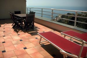 A balcony or terrace at Positano Holidays