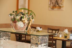 Restaurant ou autre lieu de restauration dans l'établissement Hotel Wendelstein