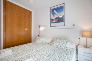 Cama o camas de una habitación en CESTAS Apartment. WIFI