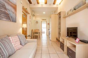 Zona de estar de CESTAS Apartment. WIFI