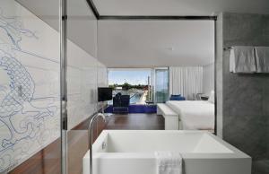 A kitchen or kitchenette at Altis Belem Hotel & Spa - Design Hotels