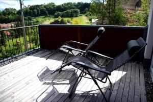 Ein Balkon oder eine Terrasse in der Unterkunft Feriennestle Burgblick