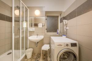 Ein Badezimmer in der Unterkunft Apartments 39 Wenceslas Square