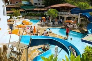 Uma vista da piscina em Hotel Fazenda Fonte Colina Verde ou nos arredores