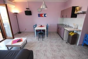 A kitchen or kitchenette at Apartment Sandi