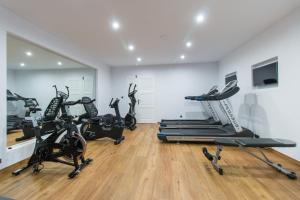The fitness center and/or fitness facilities at Spiros