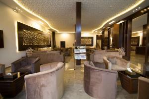 O lounge ou bar de Elaf Aparthotel