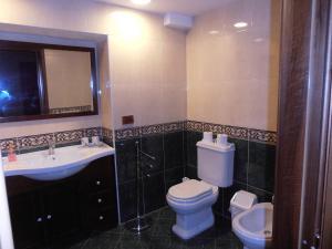 A bathroom at Il Duomo