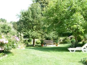 A garden outside Pension Seeblick